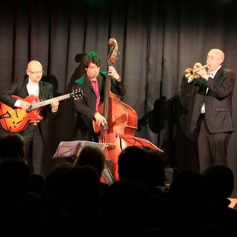 le trio jazz Sometime ago en jam session à Villefranche su Saône