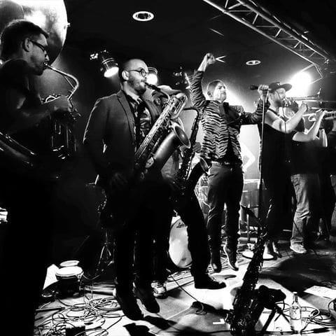 Monstros sera en concert à Villefranche, spectacle de musique hip hop electro et reggae